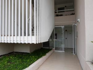 Apartamento En Venta En Caracas - Bosques de la Lagunita Código FLEX: 17-14747 No.4