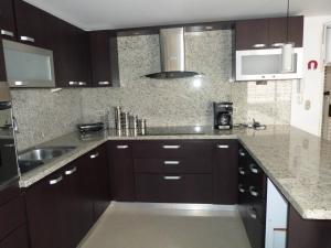Apartamento En Venta En Caracas - Bosques de la Lagunita Código FLEX: 17-14747 No.11