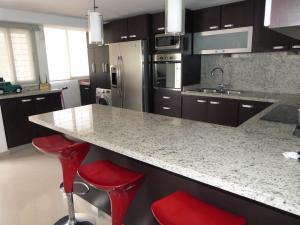 Apartamento En Venta En Caracas - Bosques de la Lagunita Código FLEX: 17-14747 No.6