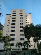 Apartamento En Ventaen Valencia, Valles De Camoruco, Venezuela, VE RAH: 17-14892