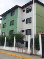Apartamento En Ventaen Santa Teresa, La Raiza, Venezuela, VE RAH: 17-14766