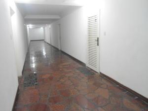 En Venta En Caracas - La Boyera Código FLEX: 17-14773 No.16