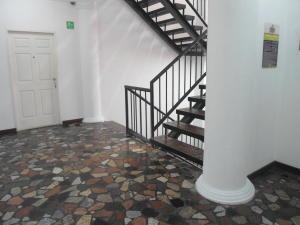 En Venta En Caracas - La Boyera Código FLEX: 17-14773 No.17