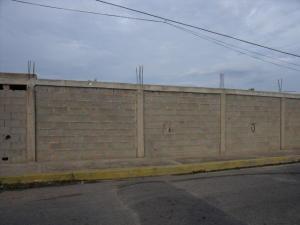 Terreno En Ventaen Ciudad Ojeda, Las Morochas, Venezuela, VE RAH: 17-14799