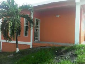 Casa En Ventaen Charallave, Centro De Charallave, Venezuela, VE RAH: 17-7670