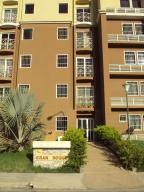 Apartamento En Ventaen Intercomunal Maracay-Turmero, Intercomunal Turmero Maracay, Venezuela, VE RAH: 17-14816