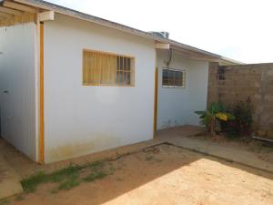 Casa En Ventaen El Tigre, Sector Avenida Intercomunal, Venezuela, VE RAH: 17-15030