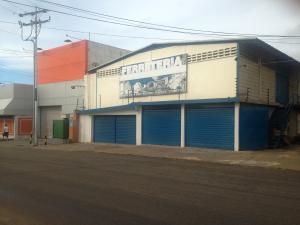 Galpon - Deposito En Alquileren Municipio San Francisco, Kilometro 4, Venezuela, VE RAH: 17-14826