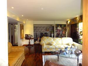 Apartamento En Venta En Caracas - Los Dos Caminos Código FLEX: 17-14949 No.4
