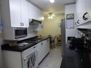 Apartamento En Venta En Caracas - Los Dos Caminos Código FLEX: 17-14949 No.7