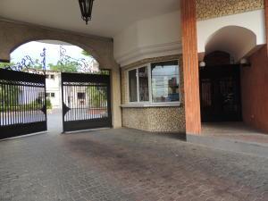 Apartamento En Alquileren Maracaibo, La Lago, Venezuela, VE RAH: 17-14884