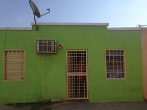 Casa En Ventaen Punto Fijo, Las Adjuntas, Venezuela, VE RAH: 17-14895