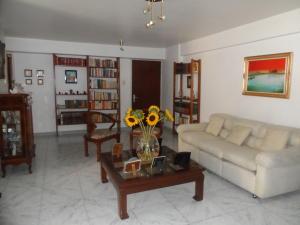 Apartamento En Venta En Caracas - Santa Fe Norte Código FLEX: 17-14977 No.1