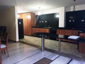 Apartamento En Venta En Caracas - Villa Nueva Hatillo Código FLEX: 17-14988 No.5
