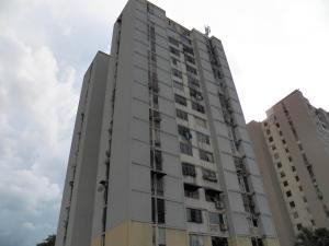 Apartamento En Ventaen Municipio Naguanagua, Casco Central, Venezuela, VE RAH: 17-14998