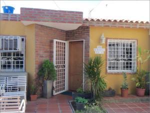 Townhouse En Ventaen Maracaibo, Santa Fe, Venezuela, VE RAH: 17-15038