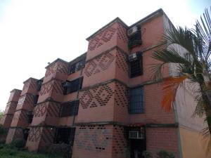 Apartamento En Ventaen Guarenas, Nueva Casarapa, Venezuela, VE RAH: 17-15029
