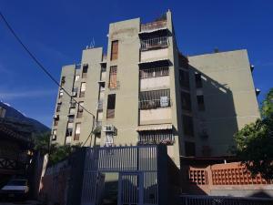 Apartamento En Ventaen La Guaira, Macuto, Venezuela, VE RAH: 17-15022