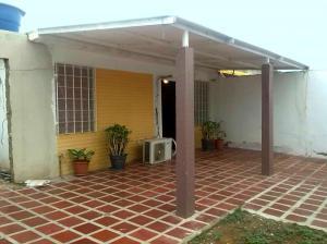 Casa En Ventaen Punto Fijo, Pedro Manuel Arcaya, Venezuela, VE RAH: 17-15028