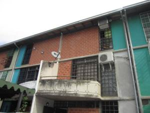 Townhouse En Ventaen Guarenas, Nueva Casarapa, Venezuela, VE RAH: 17-15067