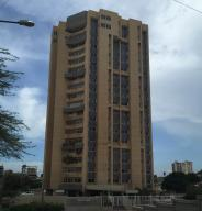 Apartamento En Alquileren Maracaibo, El Milagro, Venezuela, VE RAH: 17-15069