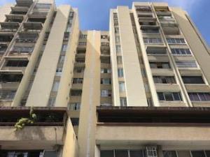 Apartamento En Ventaen Caracas, Campo Alegre, Venezuela, VE RAH: 17-15072