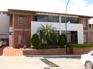 Townhouse En Ventaen Guatire, Vega Arriba, Venezuela, VE RAH: 17-15117