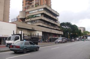 Local Comercial En Ventaen Caracas, San Martin, Venezuela, VE RAH: 17-15123