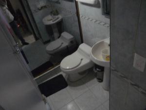 Apartamento En Venta En Caracas - Bello Campo Código FLEX: 17-15140 No.12