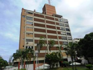 Apartamento En Ventaen Parroquia Caraballeda, Caribe, Venezuela, VE RAH: 17-15153