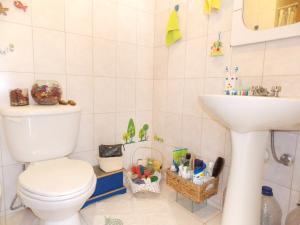 Apartamento En Venta En Caracas - Lomas del Avila Código FLEX: 17-15160 No.12