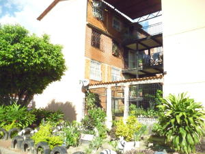Apartamento En Ventaen Maracay, Madre Maria, Venezuela, VE RAH: 17-15194
