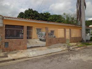 Casa En Ventaen Valencia, Los Caobos, Venezuela, VE RAH: 17-15201