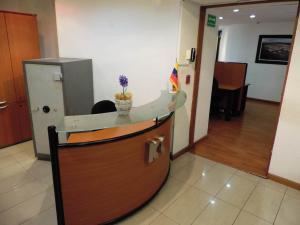 Oficina En Venta En Caracas - Los Palos Grandes Código FLEX: 17-15208 No.5