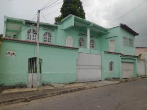 Casa En Ventaen Municipio Naguanagua, Santa Ana, Venezuela, VE RAH: 17-15207