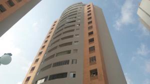 Apartamento En Ventaen Valencia, El Parral, Venezuela, VE RAH: 17-15213