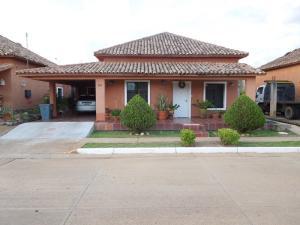 Casa En Ventaen El Tigre, Sector Avenida Jesus Subero, Venezuela, VE RAH: 17-15219