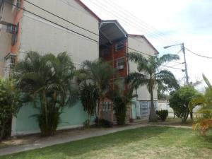 Apartamento En Ventaen Maracay, Madre Maria, Venezuela, VE RAH: 17-15248