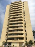 Apartamento En Ventaen Barcelona, El Espejo, Venezuela, VE RAH: 17-15249