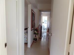 Apartamento En Venta En Caracas - Terrazas del Avila Código FLEX: 17-15259 No.17