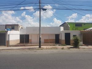 Local Comercial En Alquileren Barquisimeto, Fundalara, Venezuela, VE RAH: 17-15260