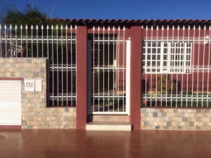 Casa En Ventaen Punto Fijo, Las Virtudes, Venezuela, VE RAH: 17-15135