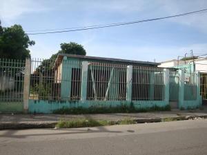 Local Comercial En Ventaen Palo Negro, Centro Palo Negro, Venezuela, VE RAH: 17-15292