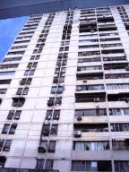 Apartamento En Ventaen Maracay, Zona Centro, Venezuela, VE RAH: 17-15300