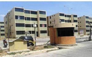 Apartamento En Ventaen Municipio Los Guayos, Buenaventura, Venezuela, VE RAH: 17-15359