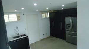 Apartamento En Venta En Caracas - Escampadero Código FLEX: 17-15383 No.3