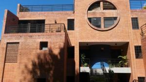 Apartamento En Alquileren Caracas, La Boyera, Venezuela, VE RAH: 17-15390