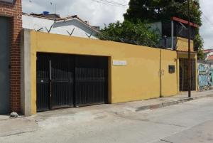Local Comercial En Ventaen Caracas, Los Rosales, Venezuela, VE RAH: 17-15412