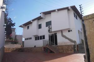 Casa En Ventaen Barquisimeto, Colinas De Santa Rosa, Venezuela, VE RAH: 17-15432
