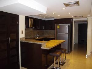 Apartamento En Alquileren Maracaibo, Valle Frio, Venezuela, VE RAH: 17-15459